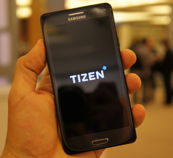 Tizen Magnolia 2.0 RD running Android apps